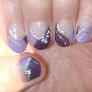 やっぱり紫なネイル