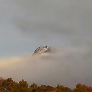 八ヶ岳初冠雪〜あっちもこっちも雪