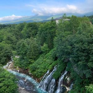 北海道上川郡美瑛町「白ひげの滝」