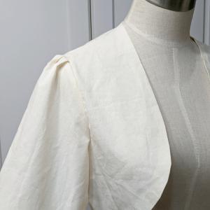 膨らんだ袖が可愛いボレロの仮縫いです♡