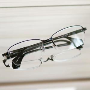 メガネにも品格を。