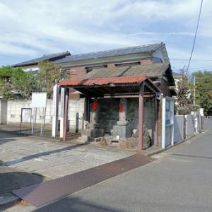 宝昌寺門前の地蔵(杉並区成田西)