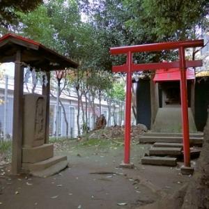 小足立八幡神社の庚申塔(狛江市西野川)
