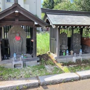 中之橋地蔵堂の庚申塔(世田谷区大蔵)