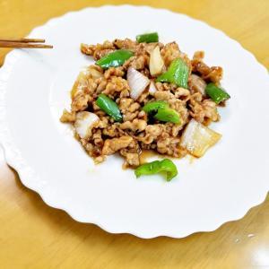 『肉とピーマンのオイスターソースの炒め』(^_-)-☆