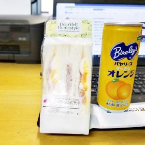 卵のサンドイッチが大好き(^_-)-☆