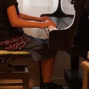 ピアノを習い始めて1年 (^_^)v