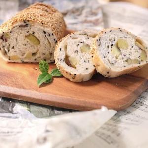 セサミブロードとゴマおさつパン