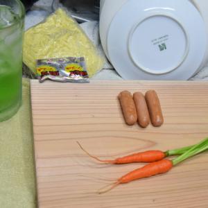 明日の昼弁、焼きそばご飯を作って一杯です