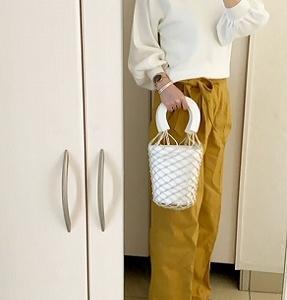 【コーデ】 秋に1枚でサラッと着たいボリューム袖 ニット☆期間限定プライスでお時にゲット