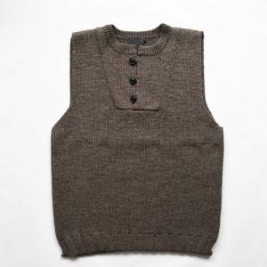 comm. arch.  |  Hand Framed Knitted Vest