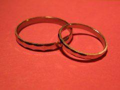 結婚式の延期や中止17万組、損失6000億 新型コロナ影響