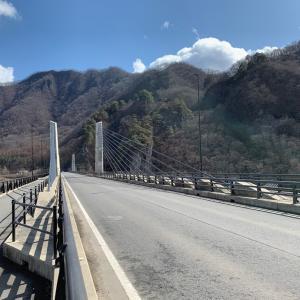 八ッ場ダムと白糸の滝