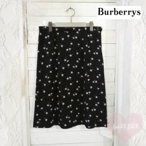 ドット×花柄スカート〔Burberrys〕