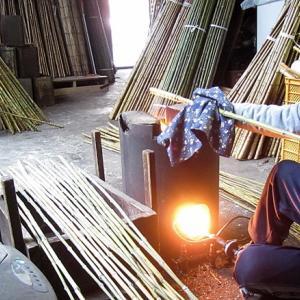 布袋竹延べ竿の火抜き