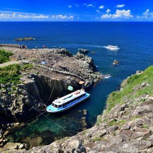 ベテラン船長の軽快なトークと海の上から見る断崖絶壁のセカイ 40年以上の伝統を持つ東尋坊観光遊覧船クルージング日記