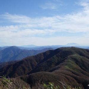 紅葉ハイク 部子山(1464m)