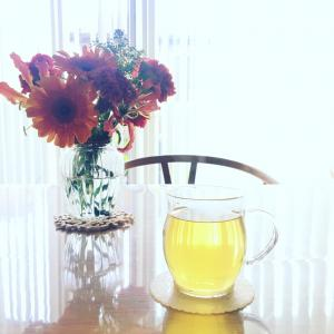 お花とハーブティー