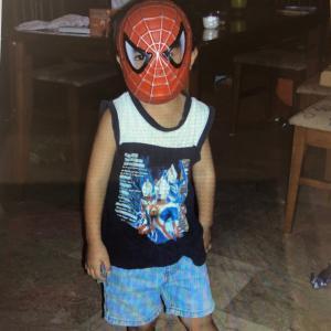 息子、16歳になる 今でもスパイダーマン