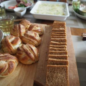 最終週、全粒粉のスリム食パン&カルダモンロールのレッスン