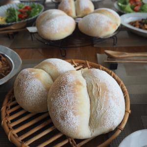 今日もふたごパン&フルーツクグロフのレッスンとヒヨリブロートセット