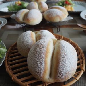 今日もふたごパン&フルーツクグロフのレッスン