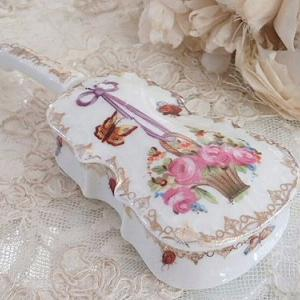 ★☆ バイオリン 花かごモチーフのコフレアビジュー ★☆