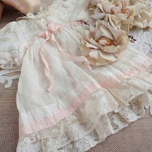 ★☆ ピンクリボンとホワイトリネンのドールドレス ★☆