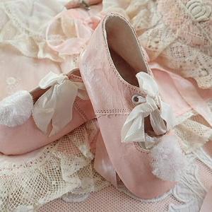 ★☆ ベビーピンクの小さな靴 ★☆