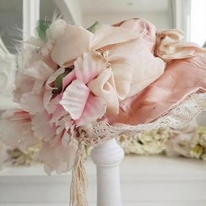 ★☆ ピンクリボンとお花のアンティークドールハット ★☆
