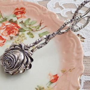 ★☆ 薔薇の蕾のケーキトング ★☆