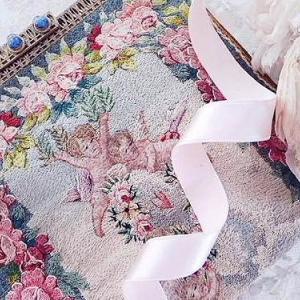 ★☆ フランス刺繍 薔薇と天使のパース ★☆