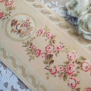 ★☆ リヨン シルク薔薇刺繍ボーダー ★☆