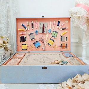 ★☆ パリのメルスリー 刺繍道具のプレゼンテーションボックス ★☆
