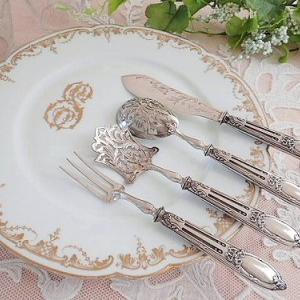 ★☆ フランス純銀 リボン装飾サーヴィングセット ★☆
