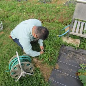 水道ホースを修理