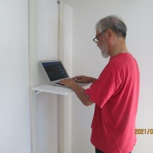 壁収納式のPC台を作った