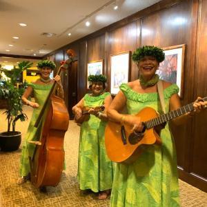 優雅なハワイアンを聴きながらディナー@Oahu Country Club