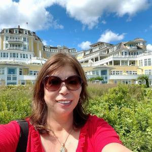 ビーチの高台にあるオーシャンハウスでランチ&お散歩