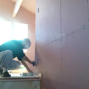 高坂の家 内装工事始まりました。