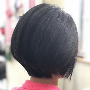 天然100%ヘナで白髪染め(恒例のバッサリ^^)