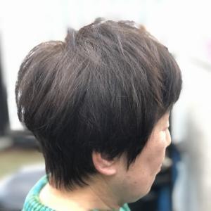 クセ毛のショートカット