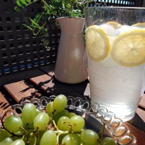 [快晴に手作りレモンソーダ]IKEAテーブルでベランピングの楽しい休日ごはん