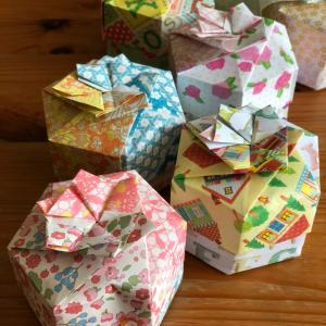 折り紙『六角箱』できた!嬉しい!
