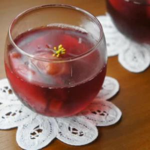 桃の赤ワインコンポートゼリー
