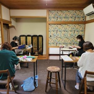 マクラメ教室西八王子・StudioIZUMOの様子