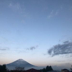 11月11日 朝の空と昼の空