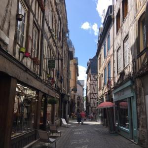 娘ちゃん、フランス留学から帰国しました