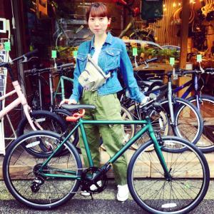 ☆本日のバイシクルガール☆ 自転車女子 自転車ガール ミニベロ クロスバイク ライトウェイ ターン riteway tern シェファード  クラッチ ブルーノ おしゃれ自転車 マリン シェファード