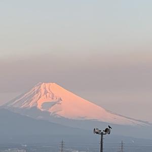 いいタイミングで見ることができた、朝焼けの富士山♪